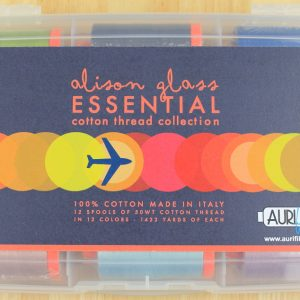 "Aurifil Garn Box ""Alison Glass - Essential cotton thread collection"" enthält 12 1300m Spulen der Feinheit 50 wt."
